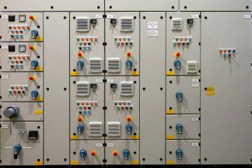 تصميم مختلف أنواع لوحات التحكم